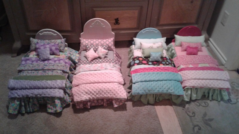 Ivy Anne Doll Beds